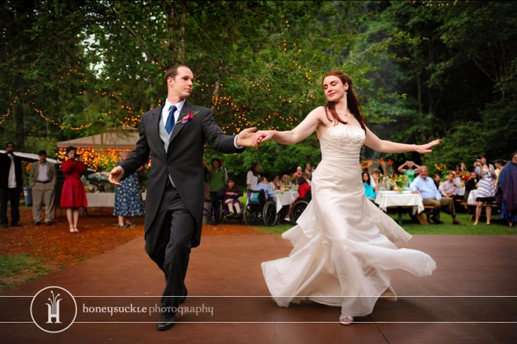 11 modern waltzes for your first dance