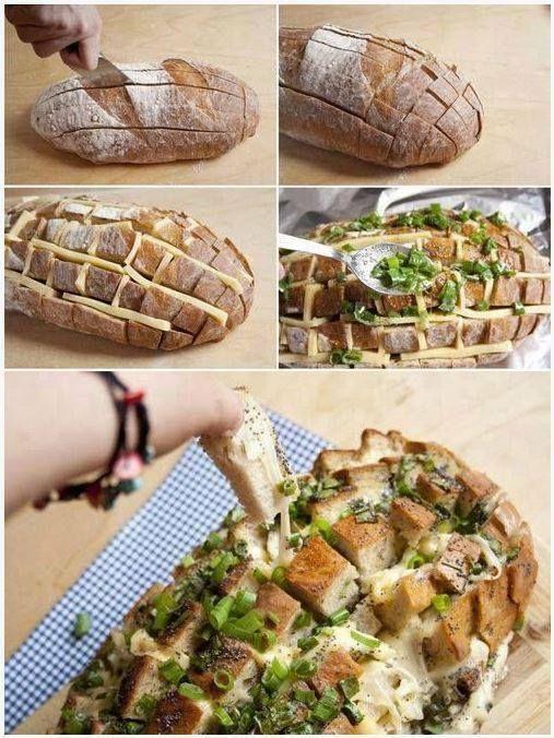 Mmm! Dit heerlijke gevulde brood kun je heel eenvoudig zelf maken. Koop een brood (niet gesneden), maak er sneeën in en vul met allerlei lekkernijen zoals kaas, pesto en bosui. Even in de oven en smullen maar!