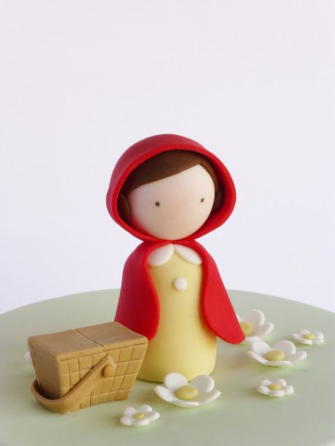 Peaceofcake ♥ Sweet Design: Little Red Ridding Hood Cake • Bolo Capuchinho Vermelho