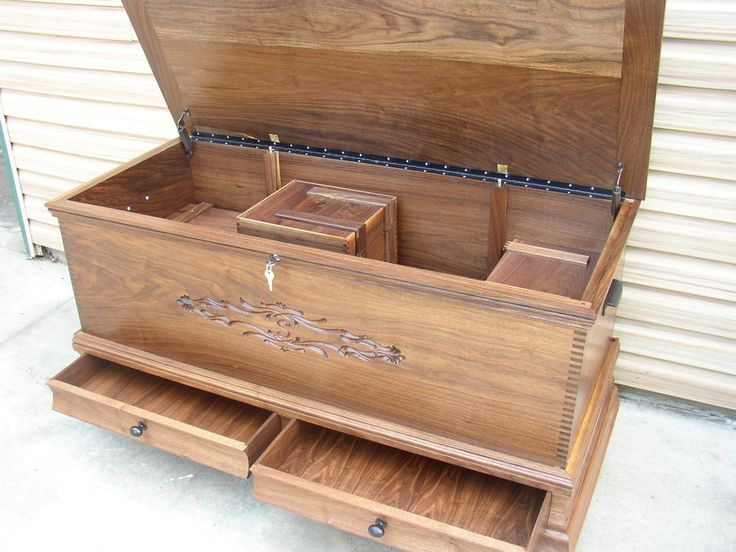 CEDAR CHEST IDEAS | Walnut Cedar Hope Chest Blanket Trunk - by bigpops0259 @ LumberJocks ...