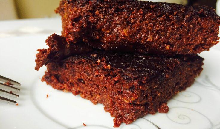 Yeşil Kabaktan Unsuz & Şekersiz Brownie / Zucchini Brownies