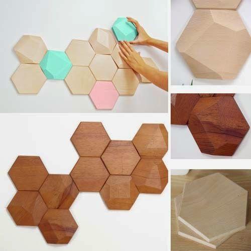 Bee Apis di Monoculo design studio . Moduli esagonali in legno (disponibili in cedro o in faggio) per decorare le pareti di casa. Le piastrelle sono disponibili sia lisce che sfaccettate