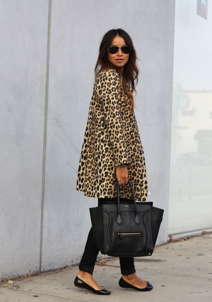 You can never, ever go wrong with a leopard swing-style coat and black patent flats. Oh, and the bag is nice too. :)