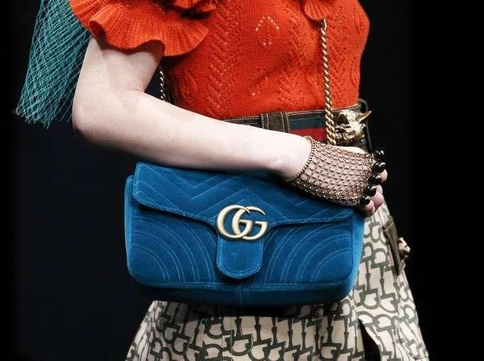 Collezione borse Gucci Autunno Inverno 2016-2017 - Tracolla in velluto Gucci