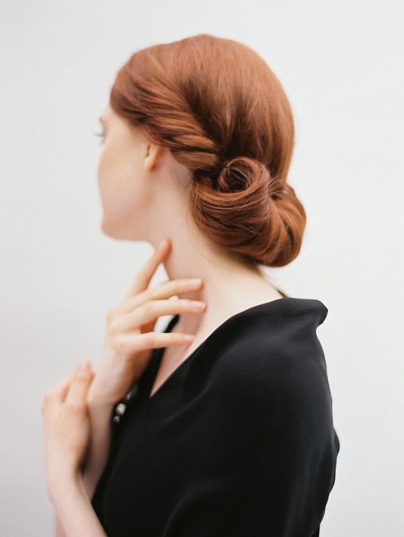 Bridal updo - wedding hair inspiration   Wedding Sparrow   Heather Hawkins Photography