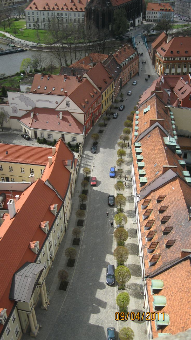 View is amazing: the streets of Ostrów Tumski, churches, river, parks, islands, monastery buildings and gardens. : http://www.carrentalwroclawairport.com