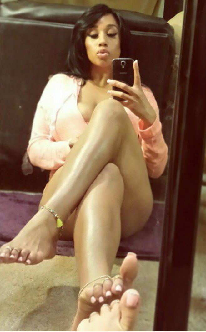 Pin On Sexy Feet-3663