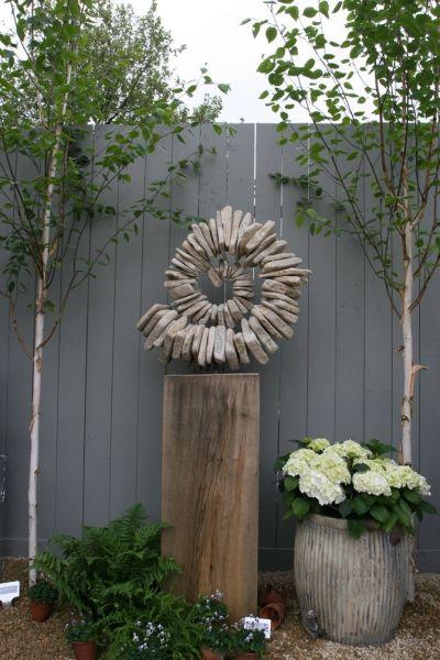 this is a good begin idea.... thanks Tom Tom Stogdon | 'Sandstone Ammonite III'. Steel armature, cotswold sandstone, oak