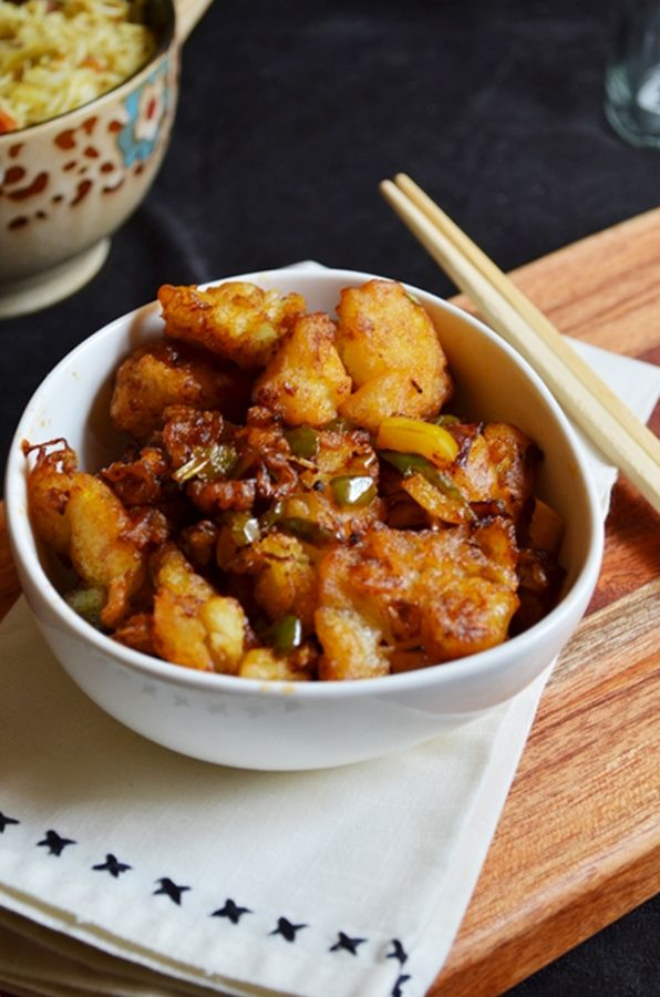 gobi manchurian recipe: Delicious indo chinese sweet and spicy starter recipe with cauliflower. recipe @ http://cookclickndevour.com/gobi-manchurian-dry-recipe #cookclickndevour #indochinese #vegan #streetfood
