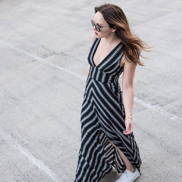 That Dress!   #Stylist @briluhrmann sports her latest #mystylefind- a gorgeous monochrome maxi by Dream House Fashion bought for only $30 from #OZSALE! #winning ;) Shot by @clickthisphoto  #fashionblogger #fashionstylist #igstyle #wiw #whatiwore #todayimwearing #thatsdarling #pursuepretty #monochrome #minimal #minimalmood #minimalove #minimalfashion #fashionista #fashioninspiration #theeverygirl #streetstyle #instastyle #styleinspiration #styleaddict #everydaymadewell #fashiondaily