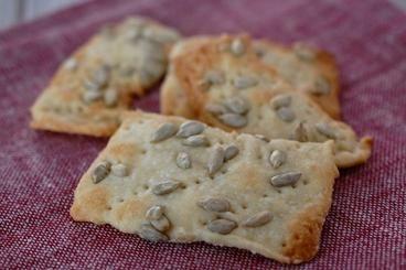 Ricetta per i crackers fatti in casa - Guide di Cucina