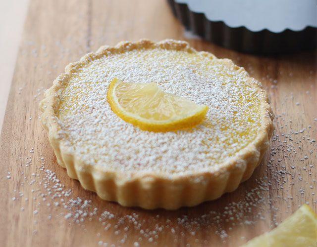 Lemon tartLemon Cooking, Recipe Cooking, Tarts Pan, Sweets Treats, Lemon Tarts, Food, Small Tarts, Kitchens Tools, Cookies Obsession