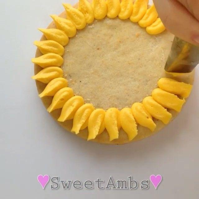 Sweet sunflower cookies by @sweetambs! #youmakeitamazing · · ·  Sunflower…