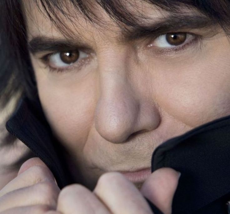 News: RENATO ZERO - http://voiceofsoul.it/renato-zero-amo-capitolo-ii-nuovo-disco/