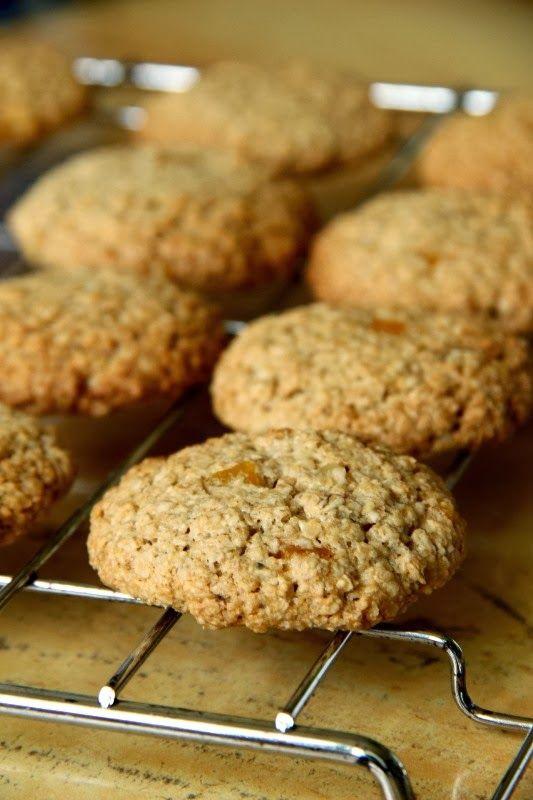 Crispy Biscuits : Dietetyczne pomarańczowe ciasteczka owsiane i o tym, jak zrobić własną mąkę owsianą