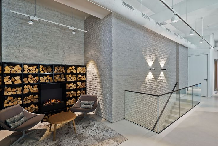 ceiling: Più alto 3d track, Più alto² 3d track | wall: Sento verticale