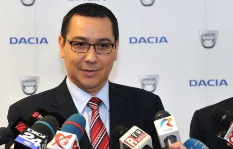 Premierul Victor Ponta le-a spus ministrilor, miercuri, ca un nebun arunca o piatra si apoi toti alergam s-o scoatem, el facind astfel trimitere la o afirmatie referitoare la uzinele Dacia a presedint
