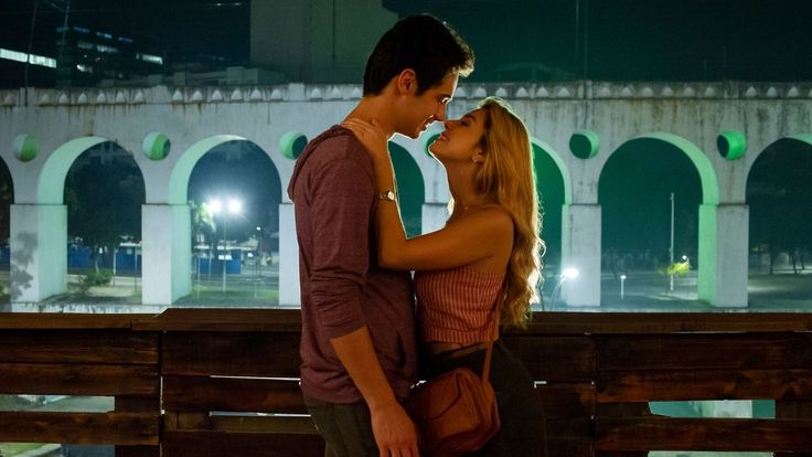 Ricos De Amor Giovanna Lancellotti E Danilo Mesquita Estreiam Comedia Romantica Na Netflix Danilo Mesquita Filmes De Amor Netflix