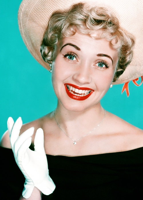 Jane Powell (born 1929) American singer, dancer and actress. Tiny ingenue ~ described as pert & perky ~ with a powerhouse soprano voice. Hollywood starlett of the late forties and fifties. Grew up as a child star with Elizabeth Taylor & other MGM children stars.