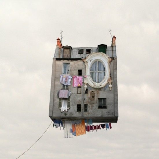 Lauren Chéhère - Flying Houses