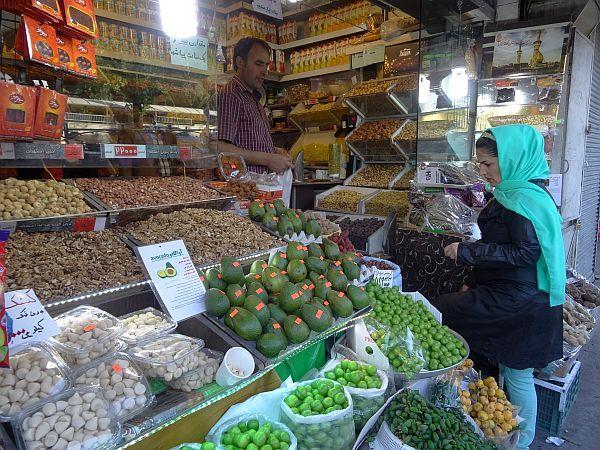 iran stragan owoce warzywa