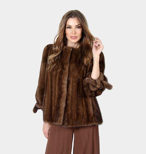 Chaqueta de Visón Demi Buff. Demi Buff Mink Jacket. #jacket #chaqueta #demibuff #peleteria #auroramaroto #fashion #moda #boutique #winteriscoming