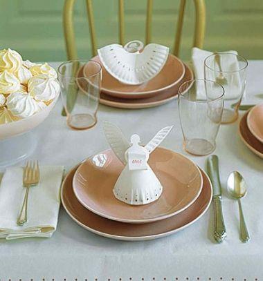 Paper plate angels with printable template // Angyalkák papír tányérokból - ültetőkártyák sablonnal  // Mindy - craft & DIY tutorial collection