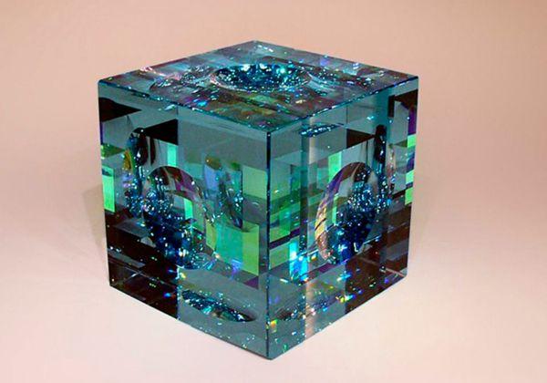 Optical glass sculptures by Jack Storms - ego-alterego.com