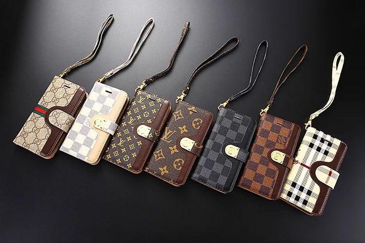 ビジネスマン愛用なグッチブランド柄、独特の手法で作られたレザースマートフォンケース。同系色の手首ストラップ付き、カード収納できるポケットを備えた機能的な作り、洗練されたオトナ男性と女性用iPhoneケース。  商品名:グッチ iphone7 plusケース メンズ用 アイフォン7ヴィトンケース 財布型 スタンド付き ブランド