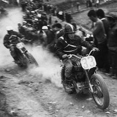 1959年4月 大阪信太山にて ホンダドリームMF350cc   第1回全日本モトクロス大会「デビューレース」オープンクラス 優勝