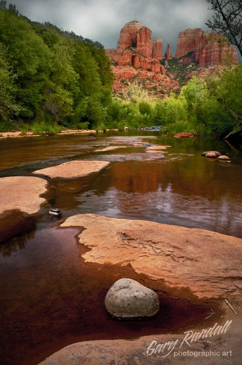 Cathedral Rock from Oak Creek at Red Rock Crossing, Sedona, Arizona.
