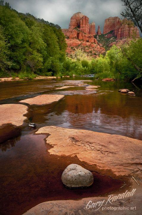 Cathedral Rock from Oak Creek at Red Rock Crossing, Sedona, Arizona.