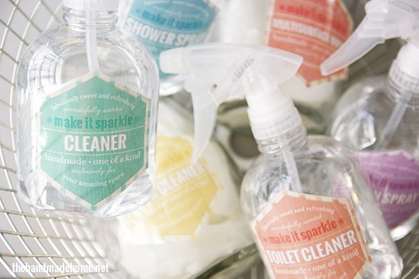 Love these adorable (FREE) labels to use for your homemade cleaning products - perfect companion to The Organically Clean Home | The Handmade Home