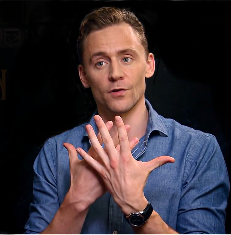 Beautiful Tom's hand expression. ❤️his hands/ (Ariana Stergio): you knowin Greece that is actually a bad hand gesture. It means that you did something utterly stupid and you are like slapping yourself for itwith both hands. All then digits.