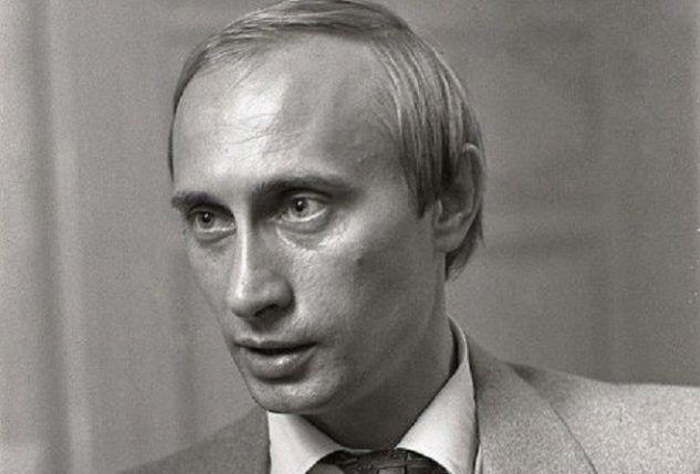 Жил-был в Москве одинокий старик-алкоголик. И у него отжали квартиру. Немного подпоили, обманули, побили, заставили что-то подписать… На суде старик…