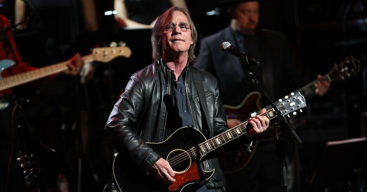 """Jackson Browne honored Gregg Allman with a poignant cover of """"Melissa"""" during the first night of the Laid Back Festival."""