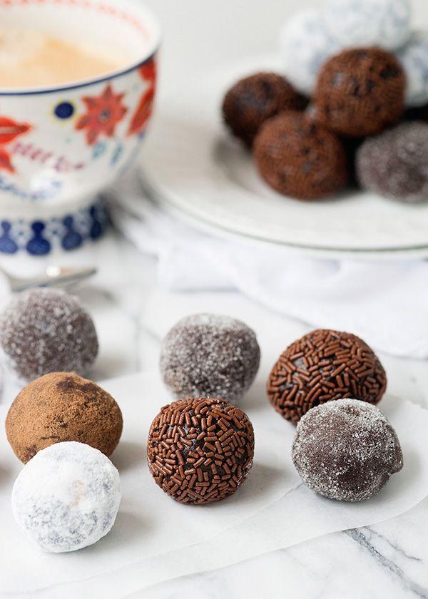 Chocolate Rum Balls from @bakedbree