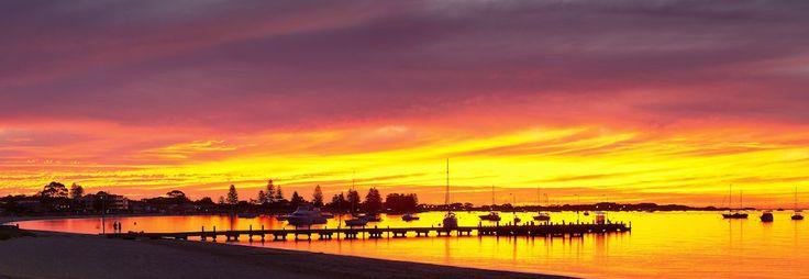 sunset-pano.jpg (1024×354)