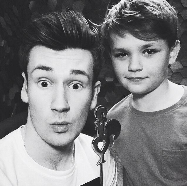 Oli White and his younger brother James