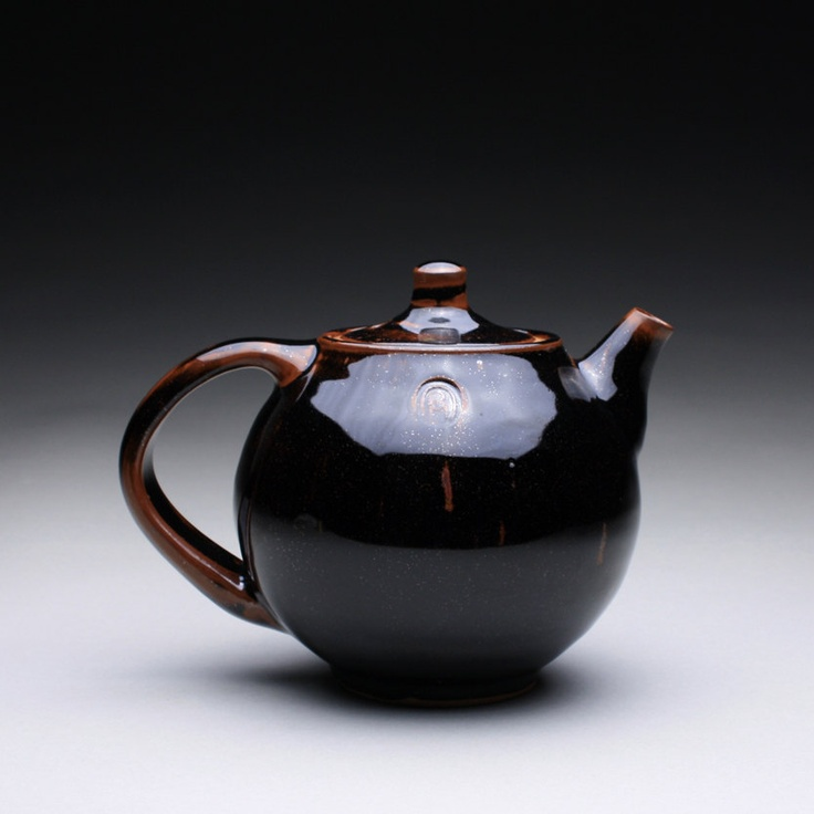 rmoralespottery.perfect teapot love the form the glaze..... gorgeous