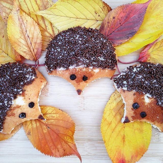Dit kunnen alle kinderen gewoon zelf maken! Het enige wat je nodig hebt zijn eierkoeken, roomboter en hagelslag! #kidsproof #herfst #herfstrecept #eierkoek #roomboter #hagelslag