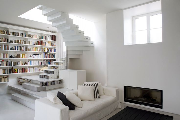 loftWhite Book, Activities Loft, Book Spaces, Loft Smoothcor, White Sofas, Abstract Activities, Modern Loft, White Loft, Smoothcor Architects