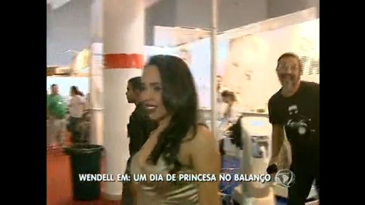Mulher ganha dia de princesa no DF - Vídeos - R7