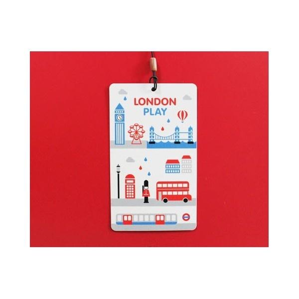Travel nametag- london