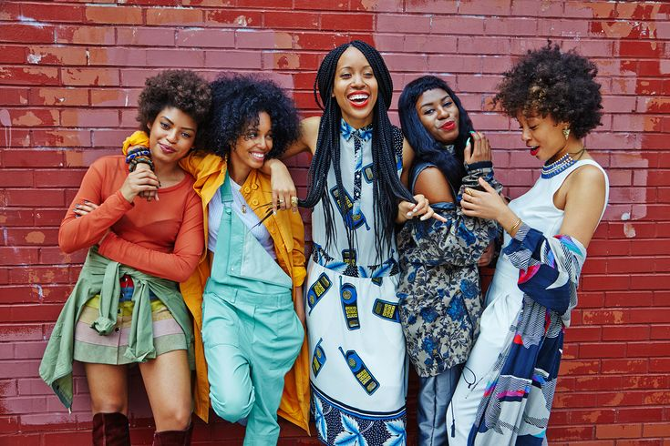 We sit down and talk beauty with a cool crew of Brooklyn style icons: Elise Peterson, Marjon Carlos, Saada Ahmed, Christina Coleman, and Shabazz.