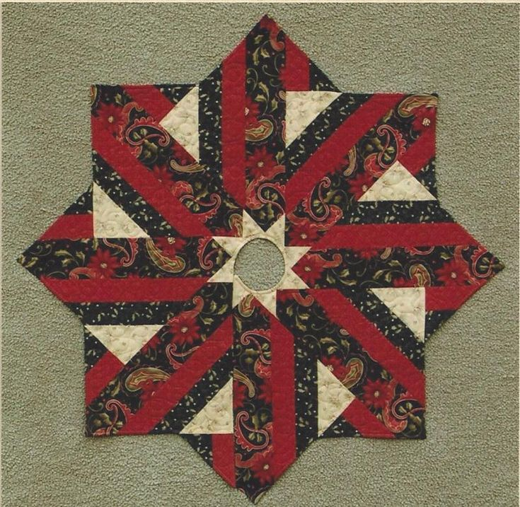 Holiday Dressing Tree Skirt Quilt Pattern By Terry Albers Of Hedgehog