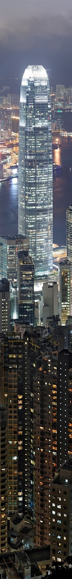 Hong_Kong_Night_Skyline 3. Seen this building love it I love hong honk