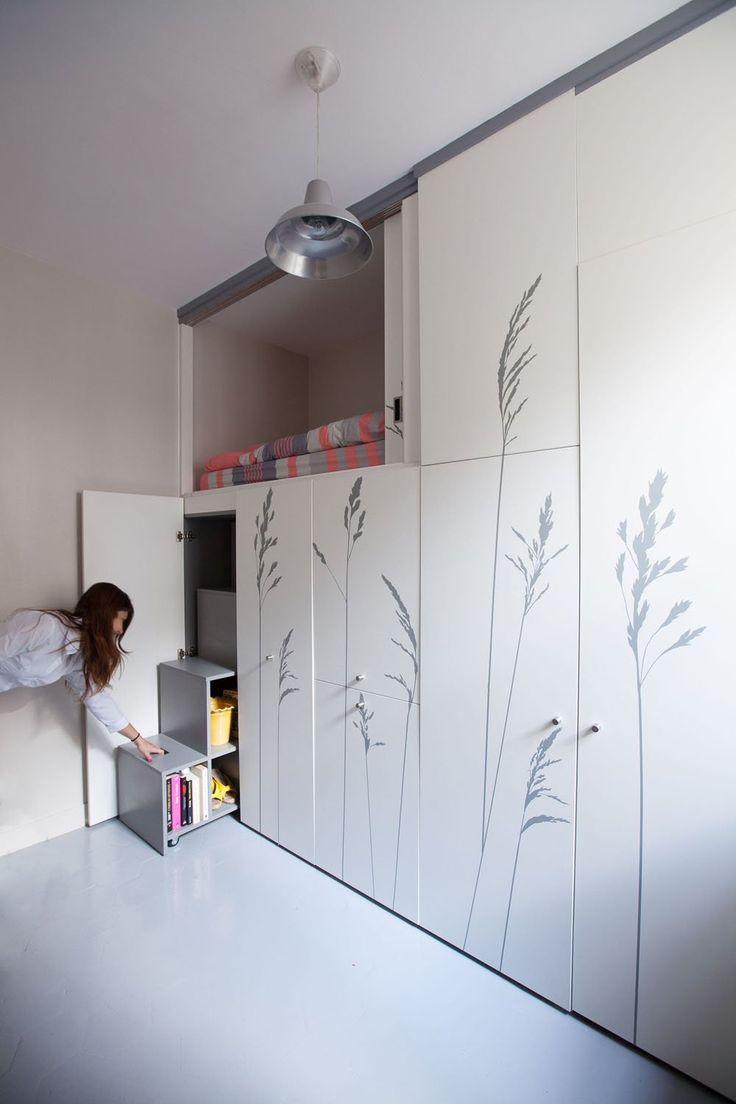 Compact-Apartment-In-Paris-by-Kitoko-Studio