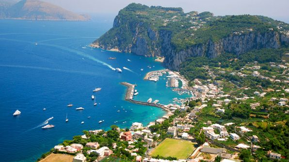 High on the list of top 5 places I want to be at any given ... |Capri Italy Golf