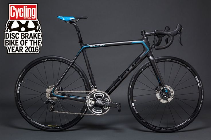The Focus Izalco Max Disc is possibly the perfect disc brake road bike, offering a fast, exciting ride over all terrain and great braking in all conditions.